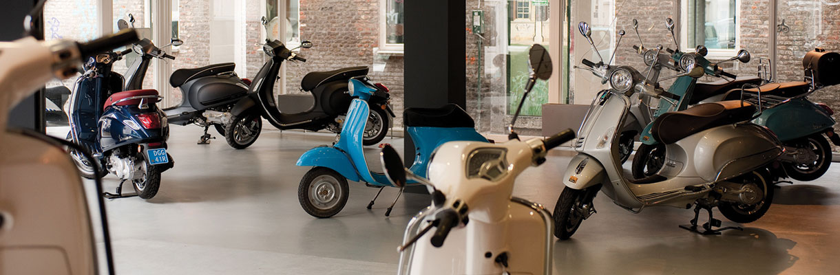 vespa-scooter-arrangement